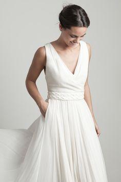 www.mmarti.es #bride #weddingdress #romanticweddingdress #couture #georgette #silk #gown #martamarti #martamartiatelier #martamartinovias