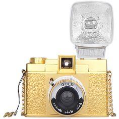 Diana Gold Edition   Galería de fotos 2 de 56   Vogue found on Polyvore featuring camera, accessories, electronics, filler and galeries