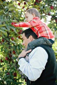 A Lovely Day for Apple Picking ~ Photo: Ruth Eileen via Honey & Fitz