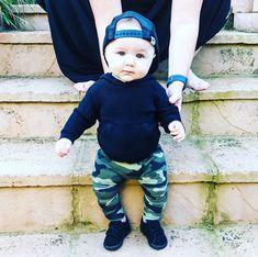 "Dallas on Instagram: ""Dallas #rockingflynnjaxon 😎 #babiesofinstagram #kidsofinstagram #babyboy #babyfashion #babynike #georgehats #handm"" George Hats, Rock A Bye Baby, Baby Nike, Dallas, Baby Boy, Face, Kids, Instagram, Young Children"