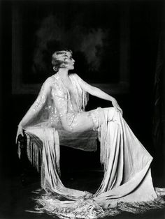 vintage everyday: Beautiful Portraits of Ziegfeld Follies Showgirls from the 1920s by Alfred Cheney Johnston