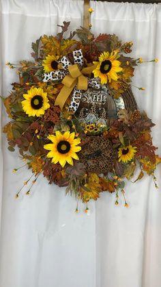 Thanksgiving Wreaths, Autumn Wreaths, Holiday Wreaths, Wreaths For Front Door, Door Wreaths, Grapevine Wreath, Burlap Wreath, Country Wreaths, Rustic Wreaths
