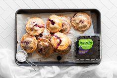 Raspberry Crumble, Blackberry Pie, Salted Caramel Fudge, Salted Caramels, Breakfast Crepes, Pie Crumble, Easy Pie, Oreo Cake, Hand Pies