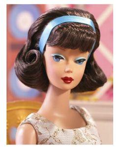 2007 Evening Gala Vintage Barbie Reproduction is a Gold Label issue in the Vintage Barbie Reproduction series. It features a Side-Part Brunette American Girl Vintage Barbie Reproduction wearing Evening Gala Play Barbie, Barbie And Ken, Girl Barbie, Barbie Accessories, Vintage Accessories, Barbie World, Barbie Life, Vintage Barbie Dolls, Barbie Collector