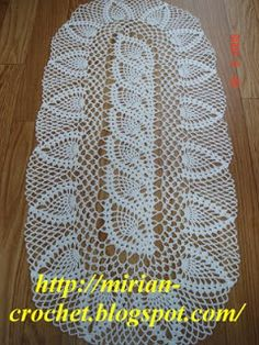 ஜMirian-receitas de crochêஜ: *Caminho de mesa em crochê*