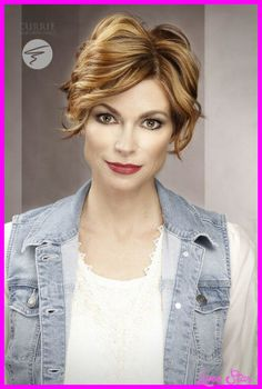 cool Short hairdos for older women