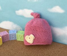Crocheted hat Baby Girl Newborn to 3 month by MadeByKFRod on Etsy Baby Girl Items, Baby Girl Hats, Baby Girl Newborn, Baby Patterns, Crochet Baby, Etsy Shop, Trending Outfits, Unique Jewelry, Crocheted Hats