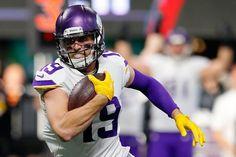 4d7351a39c WATCH: Randy Moss interviews Adam Thielen Vikings Football, Minnesota  Vikings, Viking S,