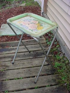 Vintage Folding Metal TV Tray Table With Roses Floral Design