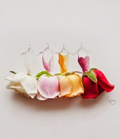 Something awesome to create with the flowers of a mariage. Perfect gift