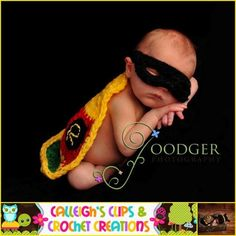 robin crochet baby costume...my mom doesn't know it yet but when I have children she's making me something like this! Single Crochet Decrease, Cute Little Baby, Cute Babies, Crochet Robin, Crochet Batman, Crochet Geek, Crochet Hats, Crochet Clothes, Knit Crochet