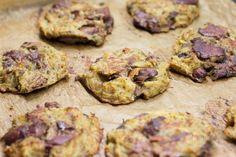 Recept je jednoduchý a lacný. Ak má niekto rád kuraciu pečeň a zemiakové placky - bramboráky, v tomto recepte nájde jedno aj druhé. Cookies, Desserts, Erika, Ds, Biscuits, Deserts, Cookie Recipes, Dessert, Postres