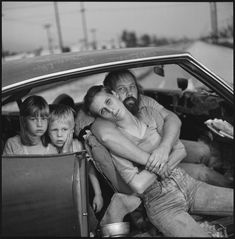 Mary Ellen Mark's legendary photographs – in picture The Damm family in their car, Los Angeles, California, 1987s