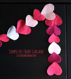 Valentine's Day Felt Heart Garland - Little Red Window Valentines Day Hearts, Valentine Day Crafts, Valentine Heart, Holiday Crafts, Valentine Ideas, Holiday Ideas, Heart Garland, Valentines Day Decorations, Holiday Decorations