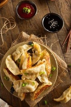 Potstickers are unbelievably easy to make.A recipe that is very easy to make and learn. To create a sense of familiarity in the family. In a delicious cuisine and an Lanjut Baca. Healthy Beef Recipes, Easy Steak Recipes, Roast Beef Recipes, Ground Beef Recipes Easy, Beef Recipes For Dinner, Easy Pasta Recipes, Easy Appetizer Recipes, Healthy Chicken Recipes, Meal Recipes