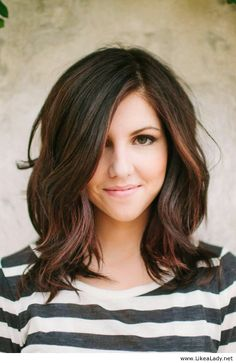 Medium hairstyle for brown hair