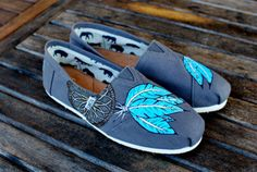TOMS toms. I so would love to have a pair!