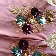 Pinterest Design, Gold Sequin Dress, Sewing Hacks, Sewing Tips, Work Blouse, Pansies, Blouse Designs, Hand Embroidery, Party Wear