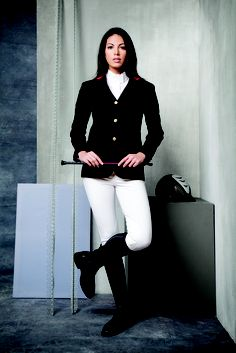 Horseware Platinum Canela jacket with Piuma breeches and Perla shirt.