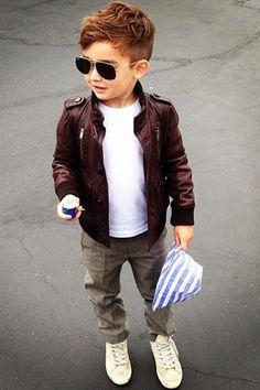 alonso mateo haircut for boys + outfit. Little Boy Fashion, Baby Boy Fashion, Fashion Kids, Toddler Fashion, Boy Fashion Clothes, Fashion 2016, Spring Fashion, Urban Fashion, Dress Fashion