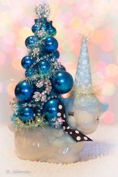 Vintage Retro Shabby Bottlebrush Tree Blue by ThePatchworkAttic Vintage Halloween, Vintage Christmas, Baby Shower Background, Bottlebrush, Halloween Miniatures, Cupcake Picks, Decorative Planters, Bottle Brush Trees, Blue Party