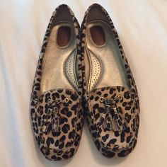 Sperry Leopard Fur shoes Leopard fur design.  In excellent condition.  Worn maybe 10 times???  Size 10 Sperry Top-Sider Shoes