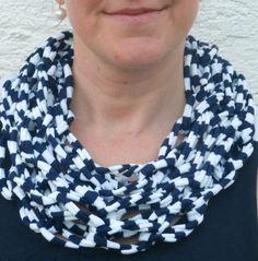 Strickschals - maritimer Loop-Schal aus Textilgarn - ein Designerstück von Patikreli bei DaWanda