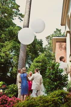 Unity ceremony - balloon release (tie two balloons together and release, instead of typical unity candle or vase of sand) Best Friend Wedding, Sister Wedding, Our Wedding Day, Fall Wedding, Dream Wedding, Wedding Things, Diy Wedding, Wedding Stuff, Wedding Ideas
