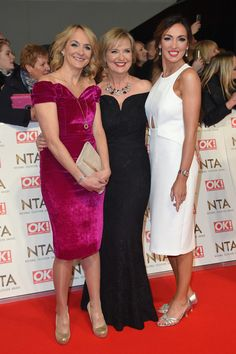 Louise Minchin Photos Photos - (L-R) Louise Minchin, Carol Kirkwood and Sally Nugent attend the National Television Awards on January 2017 in London, United Kingdom. Beautiful Women Over 40, Beautiful Old Woman, Curvy Women Outfits, Sexy Outfits, Babestation Models, Bbc Presenters, Carol Kirkwood, Female News Anchors, Tv Girls