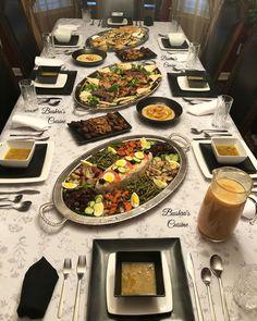 Petit-déjeuner marocain. Goûter marocain. Goûter à la marocaine. Présentation à la marocaine. Moroccan food. Moroccan breakfast. Moroccan tea. Baghrir. Couscous. Meloui. Olives. Tajine. Msemen. Rghayef. Dattes. Café. Harira. Tajine. Tagine. Plats marocains. Ramadan. Moroccan Breakfast, Harira, Mango Cheesecake, Couscous, Dinner Table, Buffet, Presentation, Table Settings, Entertainment