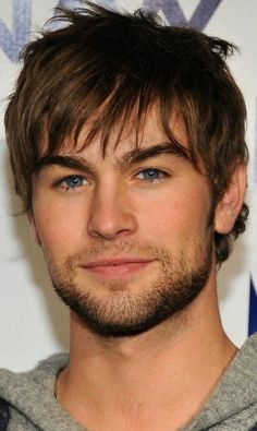 chace crawford.. a perfect-looking person.