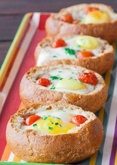 pão recheado no forno com ovos, bacon e mozzarella: é hoje que me desgraço toda!   casal mistério   Bloglovin'