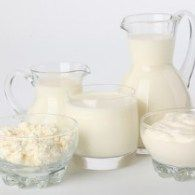 Make own quark and buttermilk Glass Milk Bottles, Glass Of Milk, Yogurt, Baby Food Recipes, Cooking Recipes, White Food, Dutch Recipes, How To Make Cheese, Homemade Beauty Products