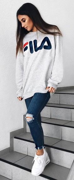 #Winter #Outfits / Long Sleeve Gray Sweater - White Sneakers