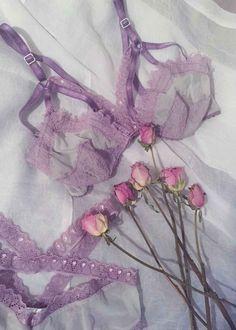 Mara Lace Showoff Bralette in Lavender Quartz