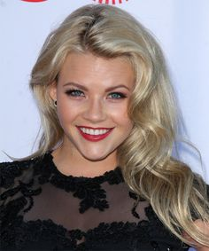 Witney Carson Hairstyle - Long Wavy Casual. Try on this hairstyle and view styling steps! http://www.thehairstyler.com/hairstyles/casual/long/wavy/witney-carson