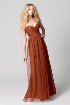 The very fashionable bobbinet is THE fabric this season. This gown is a long empire waist dress from Wtoo by Watters has a beautiful sweetheart neckline and a wide V-shape in the back that fastens with a zipper. Classic Bridesmaids Dresses, Orange Bridesmaid Dresses, Bridesmaid Dresses Online, Bridesmaid Dress Styles, Prom Dresses, Formal Dresses, Wedding Dresses, Wedding Bridesmaids, Rose Colored Dress