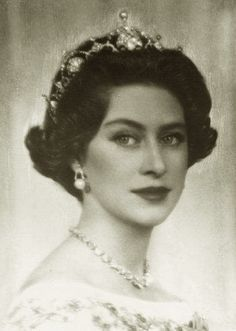 Princess Margaret of Great Britain by Ghitta Carell, wearing the Papyrus tiara, also known