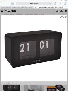nextime flipped klok 17,5 cm - zwart - 39,95€ - Vtwonen - 29,90€ bij lil.nl