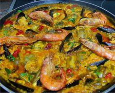 Paella De Marisco Y Alcachofas...