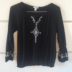 Black Old Navy Embroidered Blouse Great Old Navy cotton blouse. Sleeves are 3/4 with elastic and white embellishments on the ends. Bottom of blouse has elastic as well. No pilling, stains, etc. Smoke and pet free home. Old Navy Tops Blouses