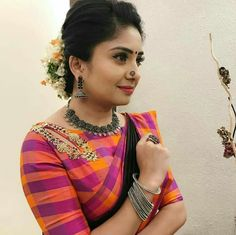 Blouse Neck Designs, Blouse Styles, Blouse Desings, Blouse Models, Embroidery Fashion, Indian Designer Wear, Clothes For Women, Work Blouse, Embroidered Blouse