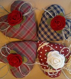 Fabric hearts for your Valentine Valentine Day Crafts, Valentine Decorations, Valentine Heart, Heart Decorations, Homemade Christmas Gifts, Christmas Crafts, Sewing Crafts, Sewing Projects, Fabric Hearts