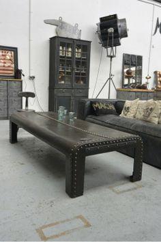 Table basse rivetée vers 1920 metalandwoods coffee table