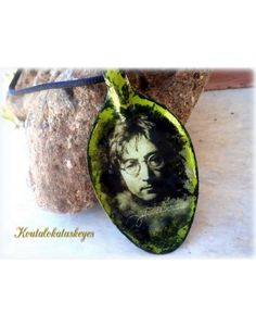 spoon necklace Lennon