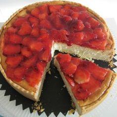 Cheesecake with Strawberries #dessert #food #recipe