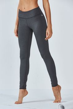 Our best-selling legging is a solid foundation for any workout. Stretch, bend and hit the streets (and look good while doing it) in this move-easy essential.