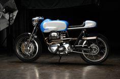 Revivsl Cycles Kawasaki W650