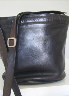 Kup mój przedmiot na #vintedpl http://www.vinted.pl/damskie-torby/torby-na-ramie/9481852-uniwersalna-torba-skorzana-typu-worek
