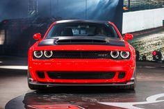 2018 Dodge Challenger SRT Demon First Look: 840 hp, 770 lb-ft bat out of hell - Motor Trend